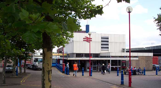 Wolverhampton station building